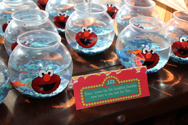 Dorothy goldfish table tag