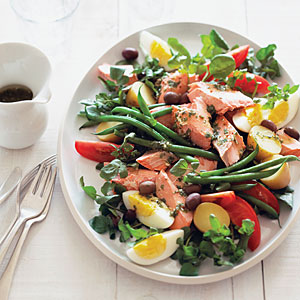 My Mom's a big fan of Nicoise salads–doesn't this one look great?