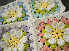 Free pattern for a Flower Garden  Granny Square