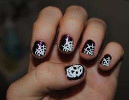 DIY Halloween Nail Art: Here Are Five Easy, Spooky Designs With Step-by-Step Ins