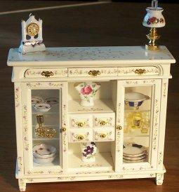 Handpainted furniture Dollhouse Miniature
