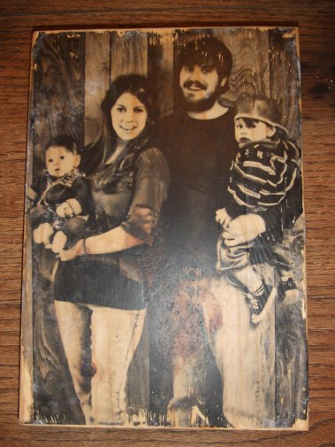 I love this!!!  Pictures put on wood.  Would make different Christmas gifts.