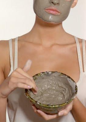 15 Natural Beauty Recipes Using Everyday Foods    1.) Brown Sugar and Honey Faci