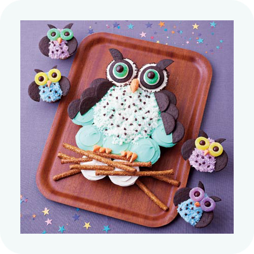 owl cupcakes for Bella's 8th birthday party!