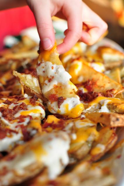 Cheesy Potato Fries! Mmmmmm(: