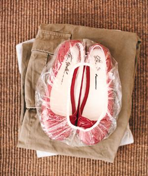 "Travel Tip: A throwaway shower cap is the perfect ""shoe bag"" when trav"