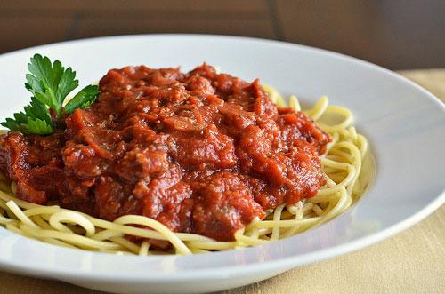 My Fall Dinner Party Menu – My Mama's Spaghetti Bolognese