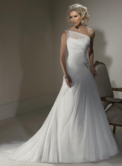 Dropped waist Chiffon wedding dress