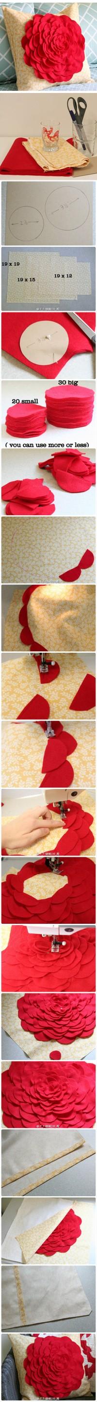 3 dementential flower pillows with tutorial