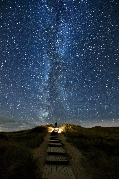 There's a place in Ireland where every 2 years, the stars line up with thi