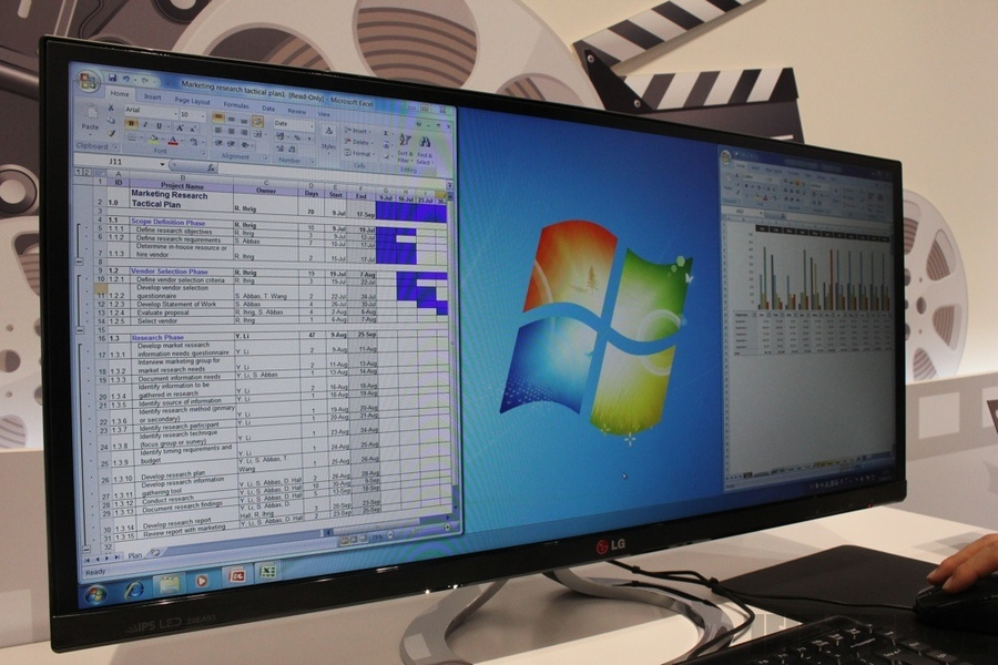 Super widescreen comes to the desktop: hands-on with LGs 21:9 display | The Verg