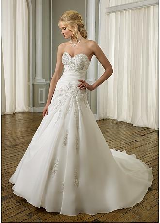 beaded lace-up wedding dress