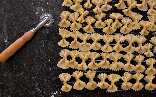 homemade bowtie pasta