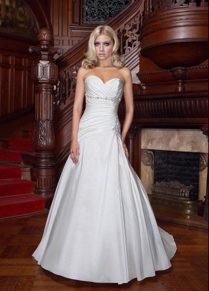 Fashionable princess empire waist taffeta wedding dress