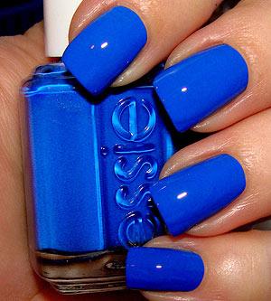 The perfect blue (Essie Mezmerised)