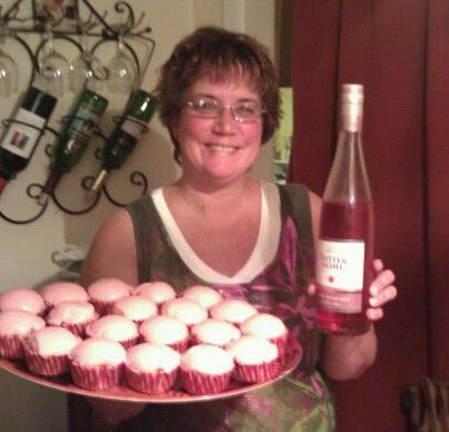 Sutter Home Pink Moscato cupcakes made by our fan Pam!