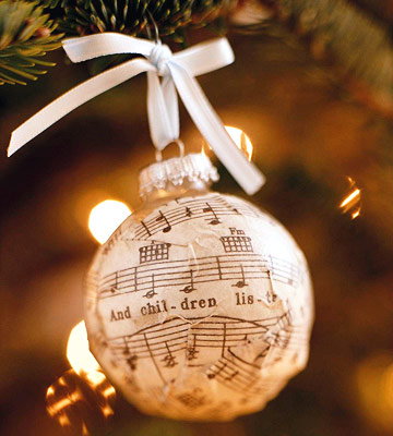 I love this! I make gifts for my piano students at Christmas! I will have to add
