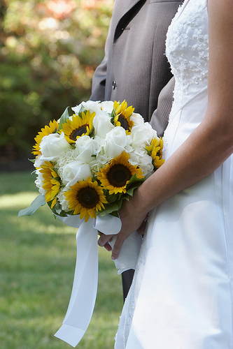 sunflower bouquet…this would be adorable for a country wedding