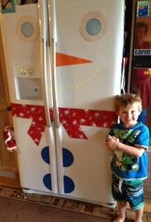 Snowman Christmas fridge, too cute!