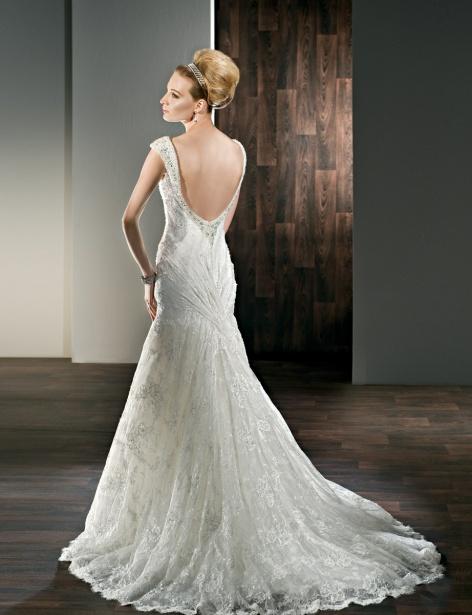 Fancy A-line sleeveless lace wedding dress
