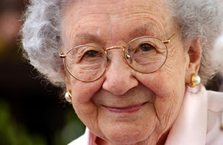 """Marjorie Pay Hinckley – """"I don't want to drive up to the pearly gates in a"""