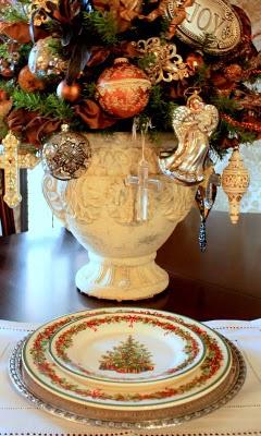 lovely ornament urn…