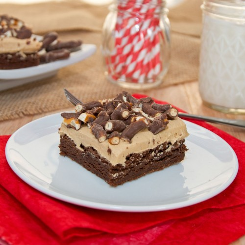 Chocolate Covered Pretzel Peanut Butter Brownies | Sweet Pea's Kitchen