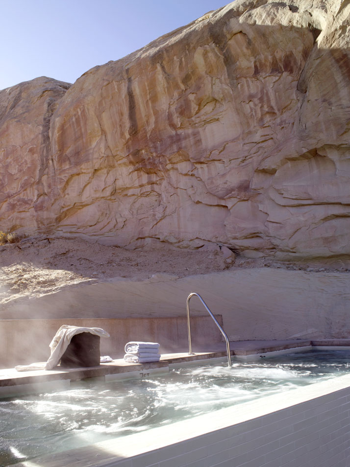 Canyon Point, Utah –  I see two towels and a couple of robes, I'm in whos wi