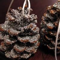 30 homemade Christmas ornaments… lots of good ideas!