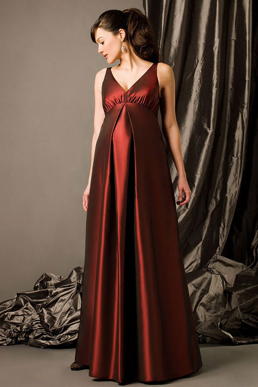 floor length maternity bridesmaid gown….just in case ;)