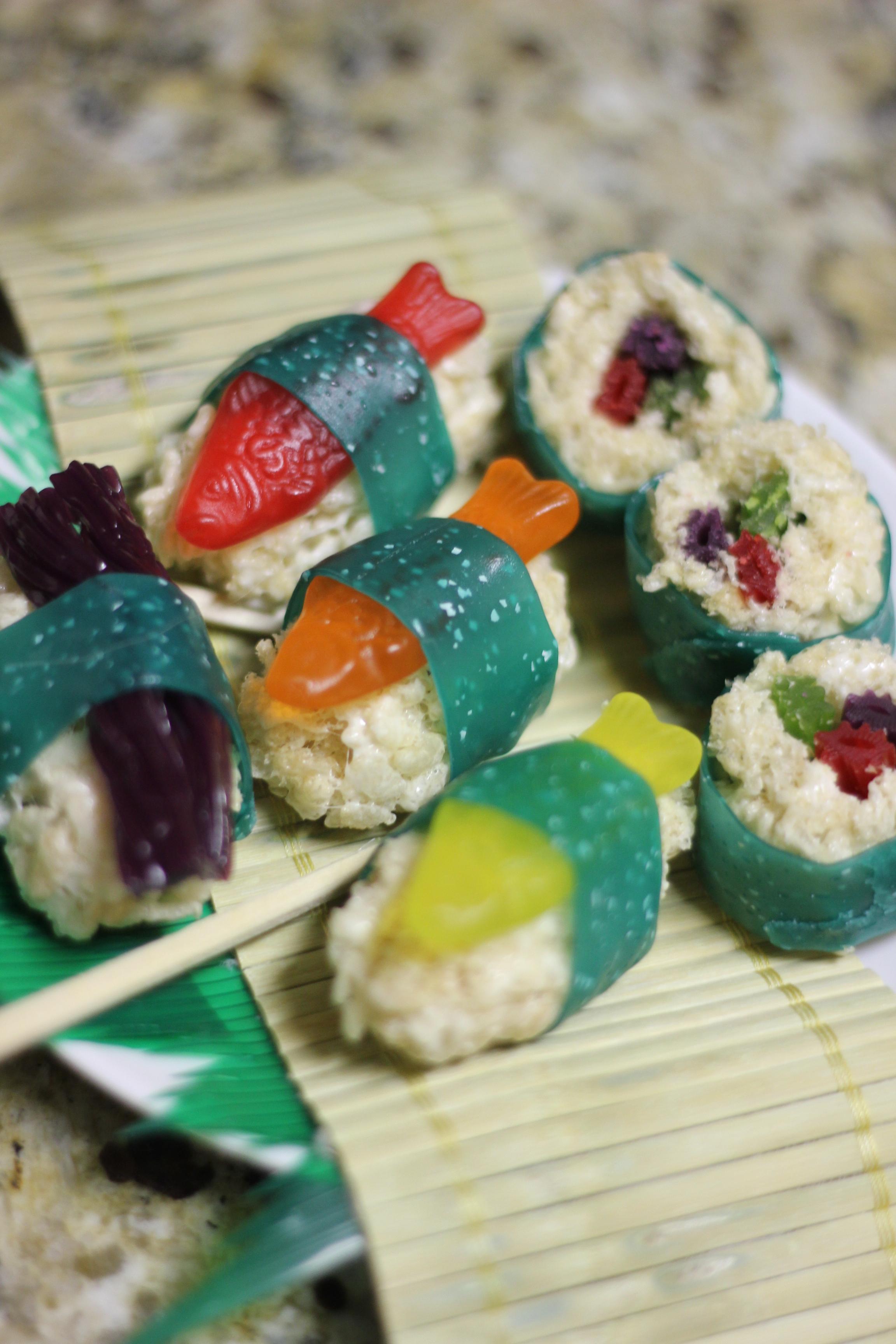 Candy Sushi! Swedish fish, Fruit roll ups, Twizzlers, rice krispie treats! Delic