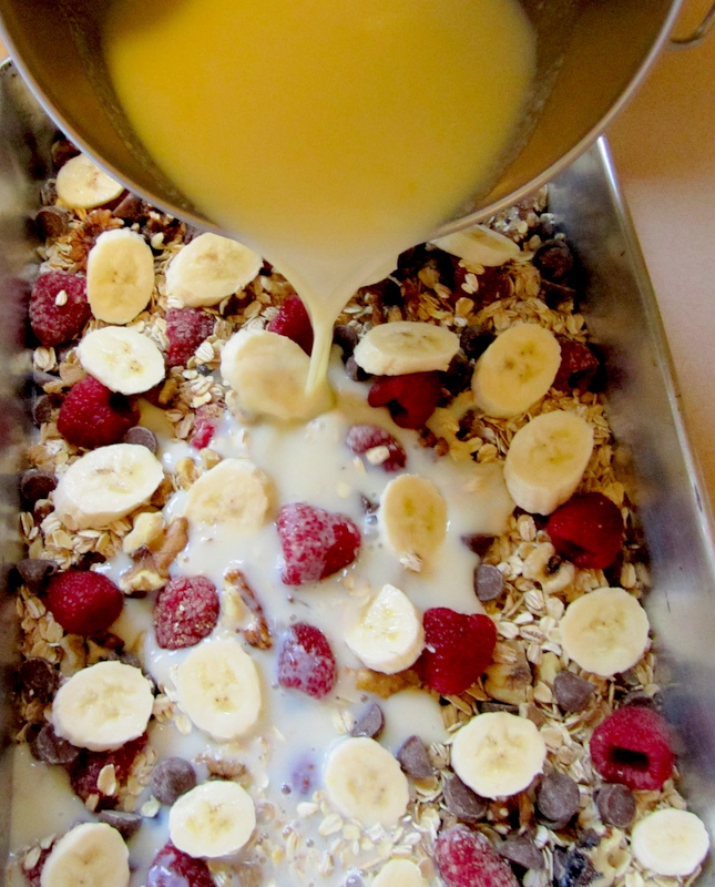 Baked Oatmeal Casserole… bake at night, eat breakfast for the week