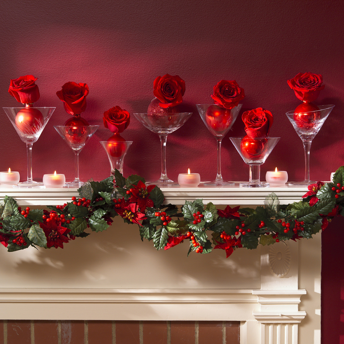 Christmas Mantel Decorating Ideas -   Christmas Decorating Ideas