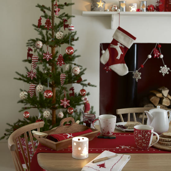 scandi dining room christmas -   Christmas Decorating Ideas