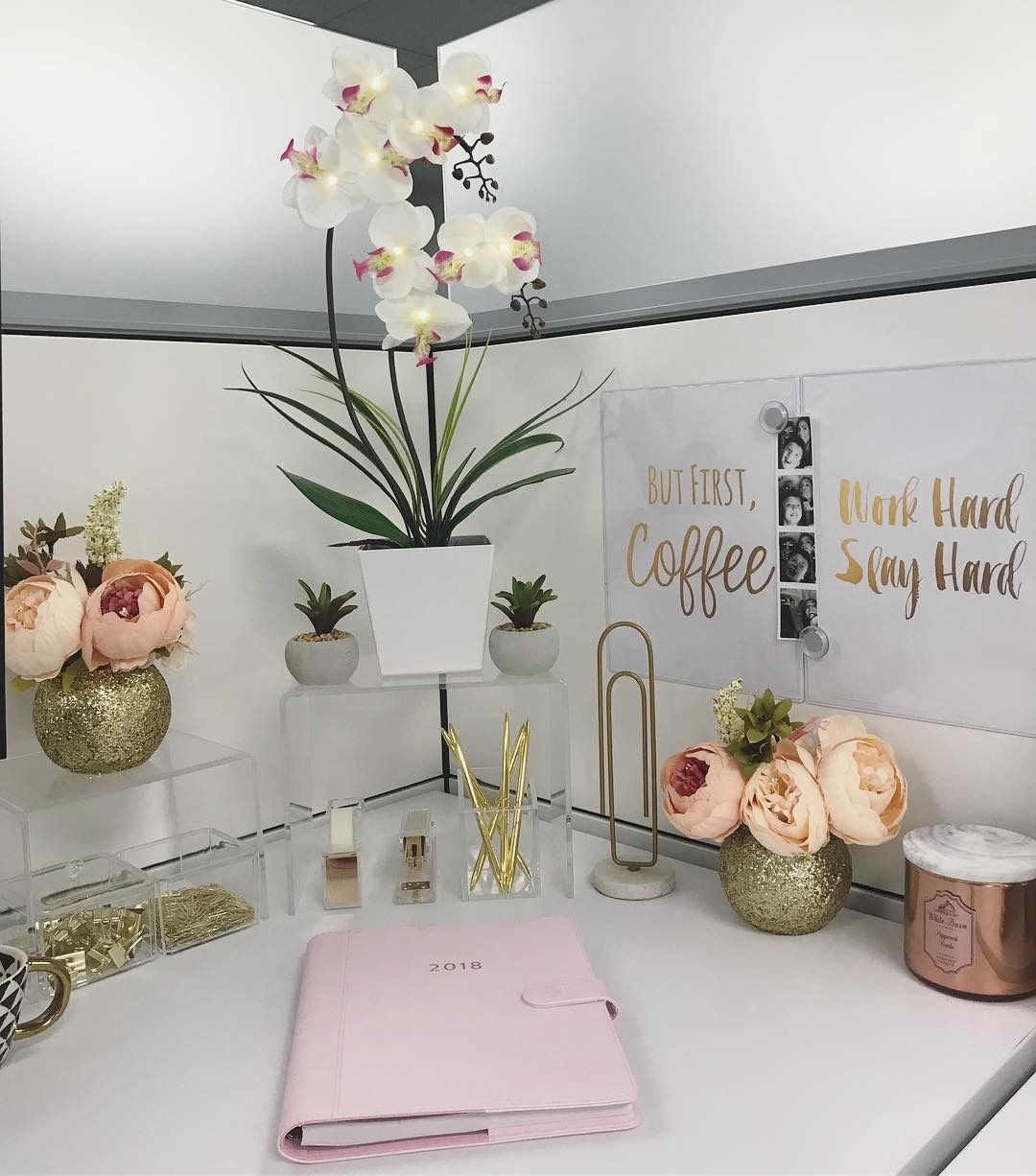 22 desk decor shelves