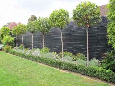 21 black garden fence