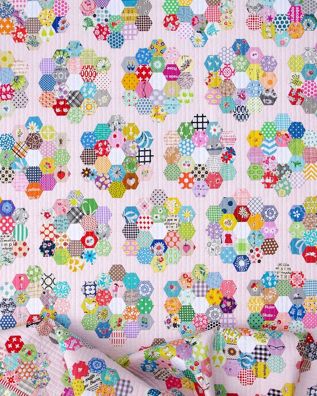 A Scrappy Grandmother's Flower Garden Quilt - Part 3 (Red Pepper Quilts) -   24 flower garden crafts ideas