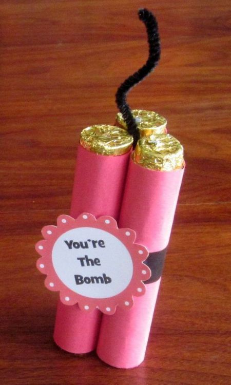 31 DIY Valentine's Day Gifts She'll Love -   20 crafts gifts love ideas