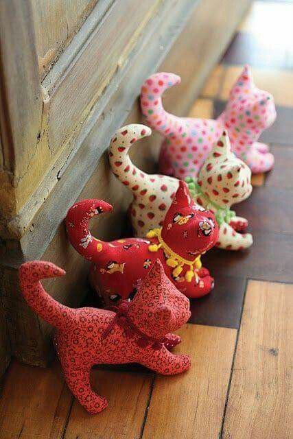 24 fabric crafts No Sew patterns ideas
