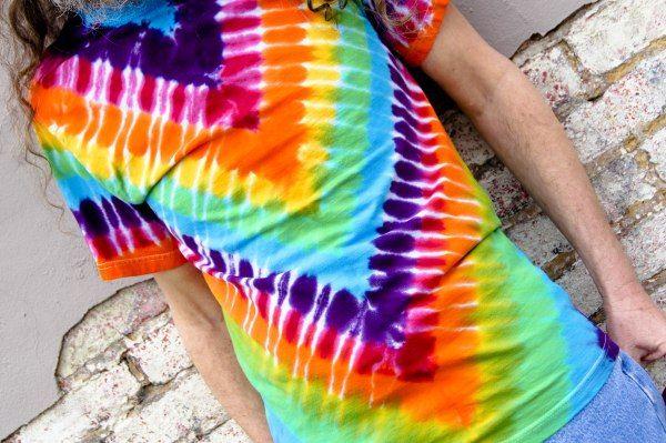 Tie Dye Patterns, Part 3: Folds -   20 DIY Clothes Projects tie dye ideas